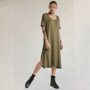 NWT Silence + Noise Olive Midi T-Shirt Dress
